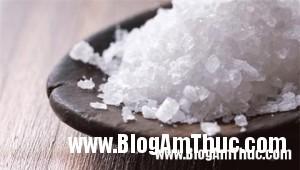 meohaytumuoi 98d9d1 300x170 Tìm hiểu về những công dụng tuyệt vời của muối