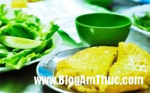 4quanbanhxeoanthagakhonglogia 81c84 300x186 Những quán bánh xèo thơm ngon mà giá cả lại rất bình dân tại Hà Nội