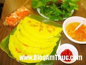 4quanbanhxeoanthagakhonglogia d157c 300x225 Những quán bánh xèo thơm ngon mà giá cả lại rất bình dân tại Hà Nội