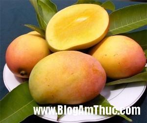 5loaitraicaygiupgiainhietmuahe 62990 300x250 Những trái cây thiên nhiên tốt cho sức khỏe vào mùa hè