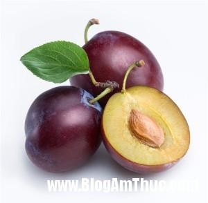 5loaitraicaygiupgiainhietmuahe 78dcb 300x294 Những trái cây thiên nhiên tốt cho sức khỏe vào mùa hè