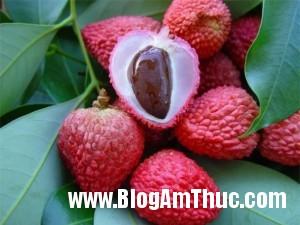 5loaitraicaygiupgiainhietmuahe b63c9 300x225 Những trái cây thiên nhiên tốt cho sức khỏe vào mùa hè