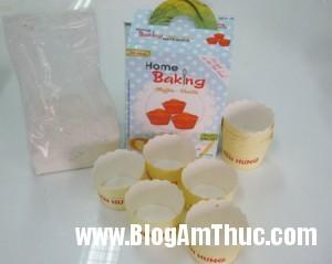 Muffin 2 20120908100946 yigwhh4c2d 300x239 Làm bánh Muffin thơm ngon tại nhà