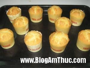 Muffin 8 20120908100946 c40ez65943 300x226 Làm bánh Muffin thơm ngon tại nhà