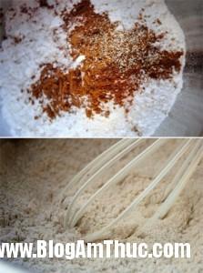 banhcarotduaanmaimakhongchan c4a1c 223x300 Mềm, thơm với món bánh cà rốt dừa tự làm