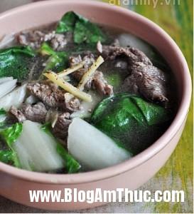 canh rau cai thit bo 273x300 Cách nấu món canh rau cải thịt bò