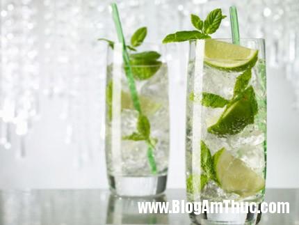 chanh tuoi 4aeda1 Những công dụng tuyệt vời của nước chanh tươi với sức khỏe
