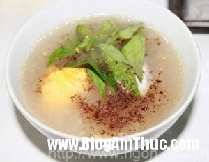 chao trung vit lon 300x232 Cháo trứng vịt lộn   Món ăn tẩm bổ tuyệt vời