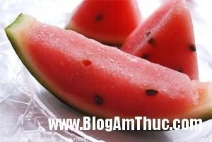 hoccachlamkemhoaquadonmuahetoi 6cb70 300x201 Tự làm kem hoa quả thật ngon để đối phó với mùa hè