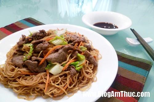 mi xao 28hl291 Mỳ xào thịt bò hương vị Trung Hoa