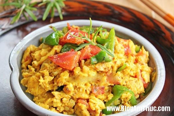 trung ran ca ri 11 0 Trứng rán cà ri