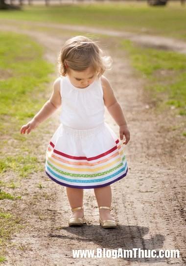 721 Khéo tay may chân váy cầu vồng xinh yêu cho bé