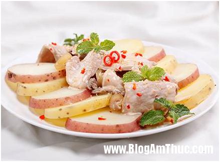 Cách làm Salad khoai tây trộn bê thui Salad khoai tây trộn bê thui