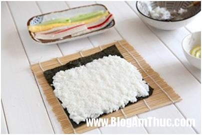 com cuon 3 Cách làm cơm cuộn