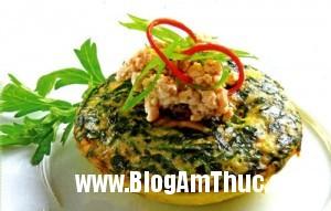 trung hap ngai cuu 300x191 Món trứng hấp ngải cứu