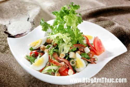 Salad thit xong khoi 1 2325 1394699550 Ngon miệng với 3 món salad ngày nóng