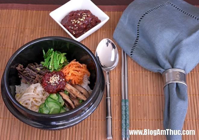 com tron han quoc13 Đổi khẩu vị với cơm trộn chay kiểu Hàn