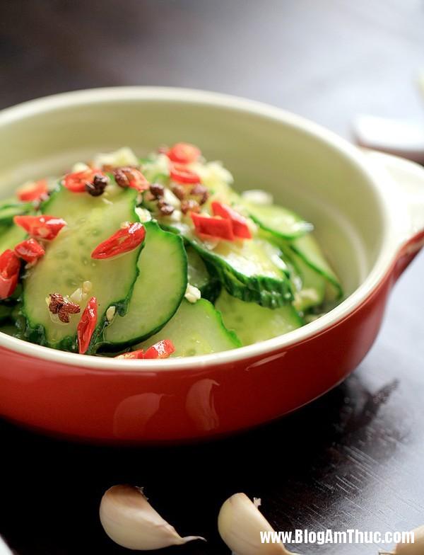 salad dua chuot chua gion cho bua an ngon mieng 1 Cách làm món salad dưa chuột