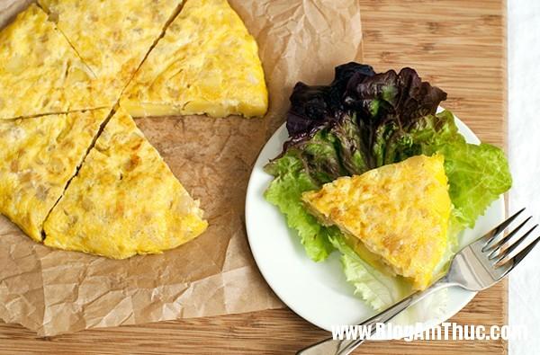 trung ran tay ban nha sieu ngon cho ngay lanh 1 Mới lạ và hấp dẫn với trứng rán Tây Ban Nha