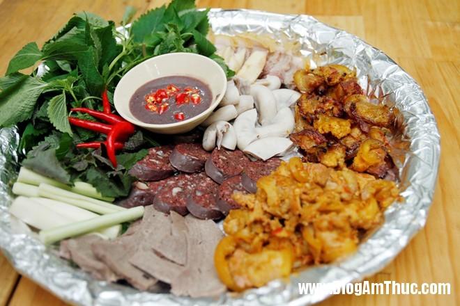 MG 0007 Đến Sài Gòn ăn heo rừng mẹt cực chất