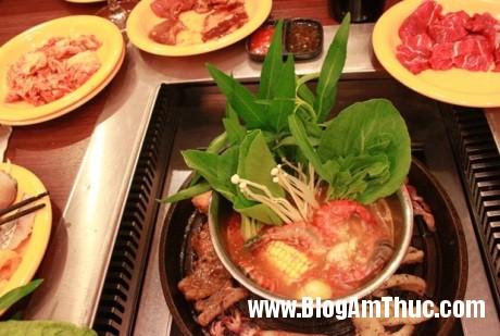 SG 2 Nhà hàng buffet chuyên phục vụ các món ăn bản địa của xứ kim chi