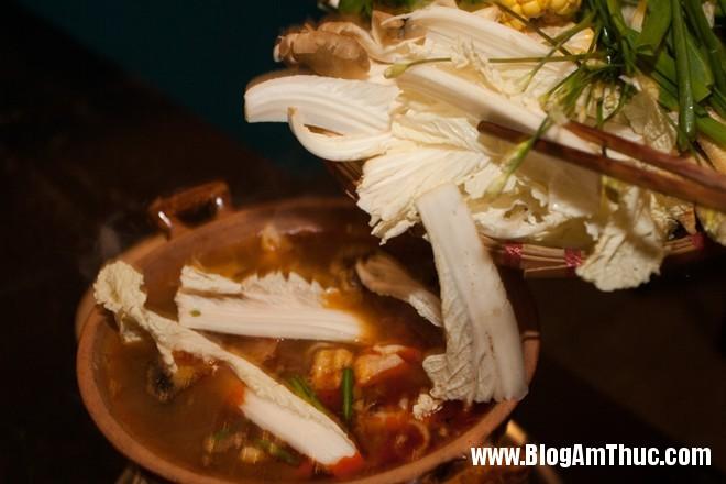 TNL1100 Độc đáo lẩu tả pí lù ở Phú Nhuận