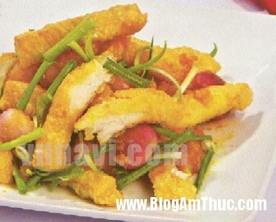 ca rang trung muoi1 1 Chế biến món cá rang trứng muối