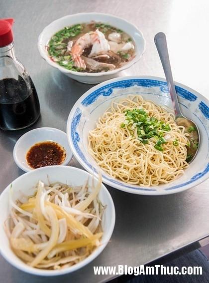 diem danh nhung quan mi la o sai gon6 Những quán mì ngon lạ ở Sài Gòn