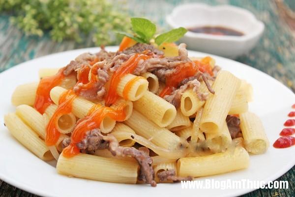 huongptp2013110112445949 6 Cách làm nui xào bò đơn giản nhưng ngon miệng