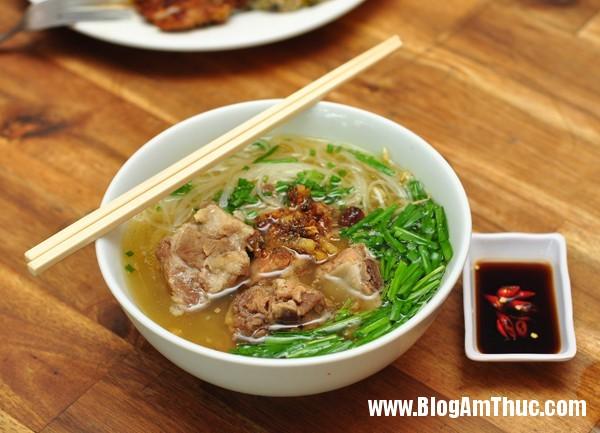 hutiu Ăn bún thịt nướng cơm tấm Sài Gòn ngon tại Hà Nội