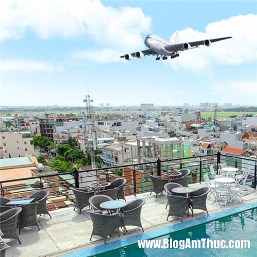 nham nhi ca phe ngam may bay o winner Đến Winner vừa uống cà phê vừa ngắm máy bay
