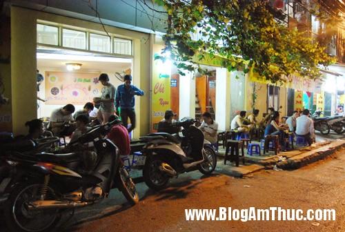 t410803 Năm quán chè ngon mà rẻ ở Hà Nội