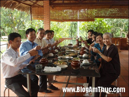 t707828 Khái quát văn hóa ẩm thực Việt Nam thông qua 9 đặc trưng
