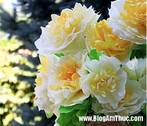 1396488980 1 Tự làm những bông hoa mẫu đơn dễ thương từ giấy
