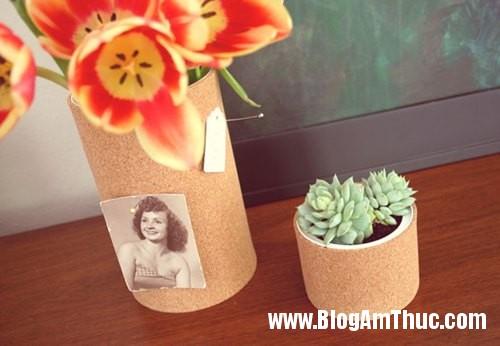 1401576236 9 Làm lọ hoa độc đáo từ vỏ hộp thức ăn