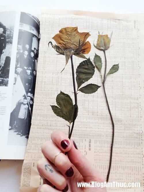 1402173180 6 Trang trí nhà đẹp với bức tranh làm từ hoa khô có 1 0 2