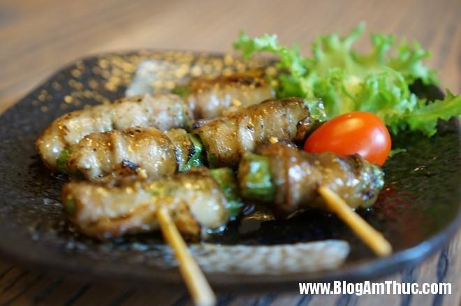 1Ba Roi Cuon Dau Bap Đến nhà hàng Nhật YummyQ thưởng thức món nướng siêu rẻ
