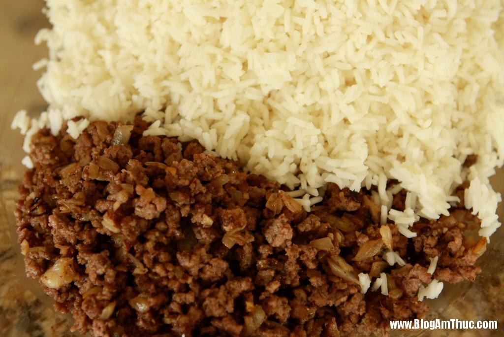 2013 06 06.08.39.54 anh10 Lạ miệng với cơm bò xay cuộn bắp cải