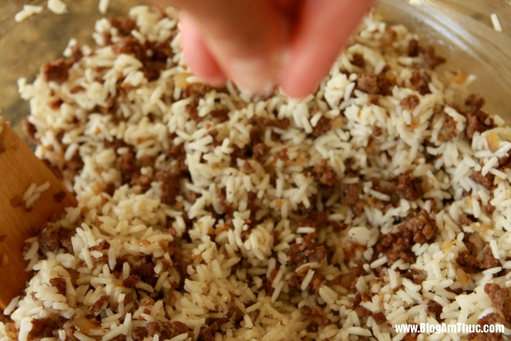 2013 06 06.08.40.11 anh11 Lạ miệng với cơm bò xay cuộn bắp cải