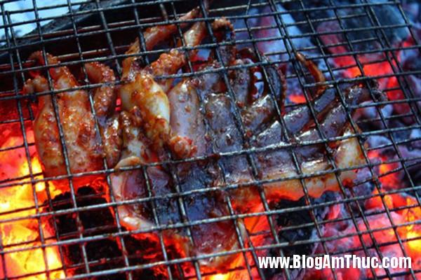 3 quan nuong binh dan cho ngay mat troi1 Ngày mưa đi ăn món nướng ngon ở Sài Gòn