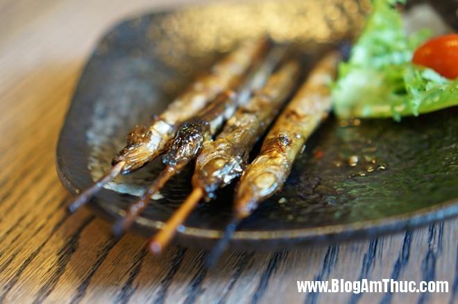 5Ca Trung Nuong Đến nhà hàng Nhật YummyQ thưởng thức món nướng siêu rẻ