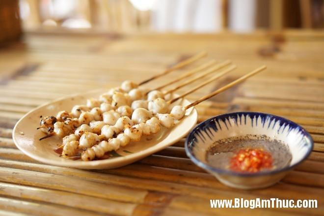 DSC06836 Lưỡi vịt nướng chấm muối tiêu chanh gây nghiện