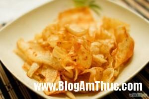 Khoai tay nao chien gion 111 300x200 Lạ mắt khoai tây nạo chiên giòn