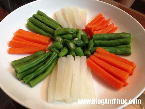 cach lam kho quet de cham rau cu luoc3 Cách làm kho quẹt chấm ngũ quả