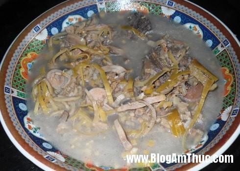 canh bap chuoi Cách nấu món canh chua cá đuối ăn với rau bắp chuối
