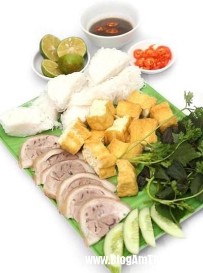 den bun huong que thuong thuc huong vi bac Thưởng thức hương vị Bắc ở quán bún Hương Quê