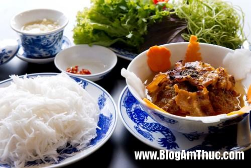 goc nho ha noi giua long sai gon Thưởng thức ẩm thực Hà Nội đặc trưng tại Sài Gòn