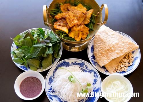 goc nho ha noi giua long sai gon2 Thưởng thức ẩm thực Hà Nội đặc trưng tại Sài Gòn