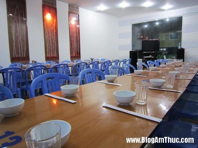 hai san ba thoi 2 Địa chỉ ăn hải sản tươi ngon khi đi du lịch Đà Nẵng