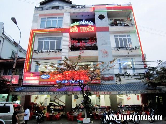 hai san ba thoi 3 Địa chỉ ăn hải sản tươi ngon khi đi du lịch Đà Nẵng